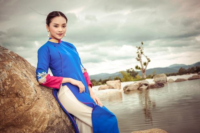 Người đẹp Tố Như đến từ Thái Nguyên, từng đạt ngôi vị Hoa khôi xứ Chè 2012.