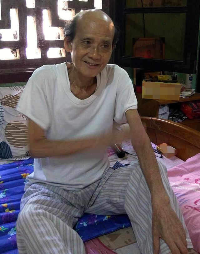 NSƯT Phạm Bằng bị sụt mất 8kg kể từ khi bị bệnh. Tuy nhiên, ở thời điểm này sức khoẻ của ông đã phục hồi được 80%. Ảnh: ML.