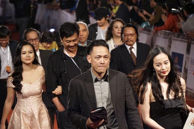 Đạo diễn Ngô Quang Hải và các gương mặt quen thuộc của điện ảnh Việt.