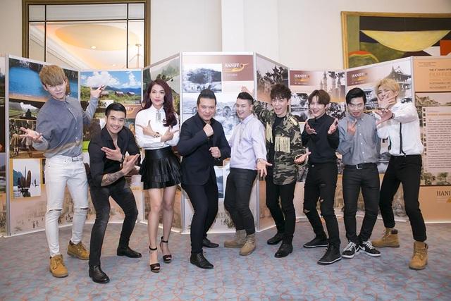 Ngoài sự góp mặt của ê-kíp làm phim, Trương Ngọc Ánh còn chào đón những vị khách mời đặc biệt tham gia buổi giao lưu thân mật là nhóm nhạc thần tượng đến từ Hàn Quốc Offroad và ca sĩ, nhạc sĩ Jis.