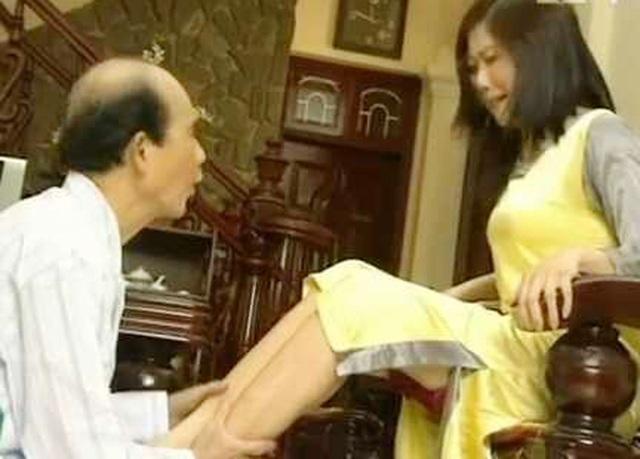 Những tiểu phẩm hài của nghệ sĩ Phạm Bằng trong Gặp nhau cuối năm luôn mang đến tiếng cười đầy sảng khoái cho khán giả. Ảnh: TL.