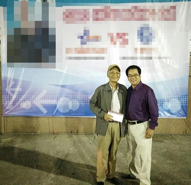 Nghệ sĩ Duy Thanh trong sự kiện do NSND Trần Nhượng tổ chức gây quỹ để ủng hộ ông chữa bệnh. Ảnh: TN.