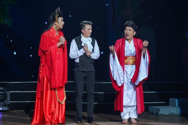 Đàm Vĩnh Hưng biểu diễn trong liveshow Trường Giang.