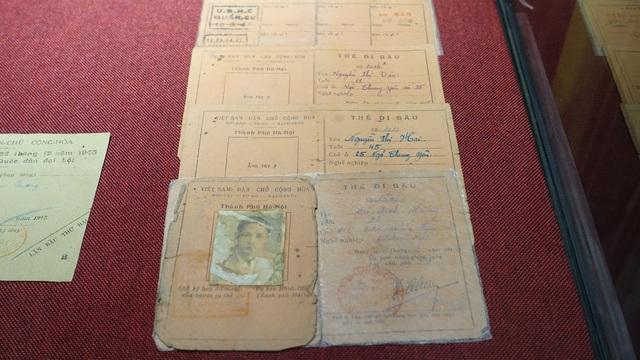 Thẻ đi bầu cửa số 1602 của ông Vũ Đình Đông năm 1946.