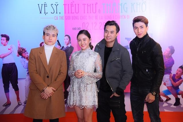 Từ trái qua: diễn viên Mạnh Quân, ca sĩ Văn Mai Hương, Anh Tuấn và Bình An.