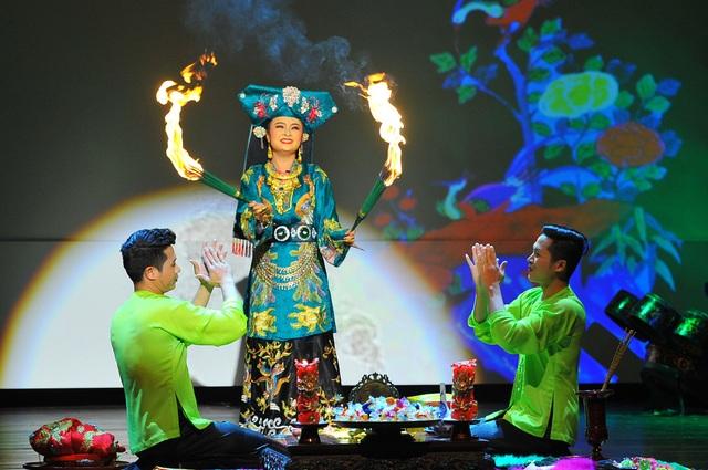 Tín ngưỡng thờ Mẫu của người Việt trở thành di sản văn hoá phi vật thể của nhân loại. Ảnh: TL.
