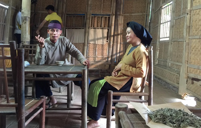 Hiệp gà trong vai Thầy Lang đa cấp của phim hài Tết.