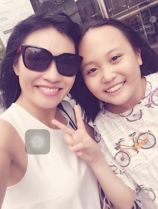 Phương Thanh bất ngờ công khai hình ảnh con gái sau 11 năm giấu kín - 1