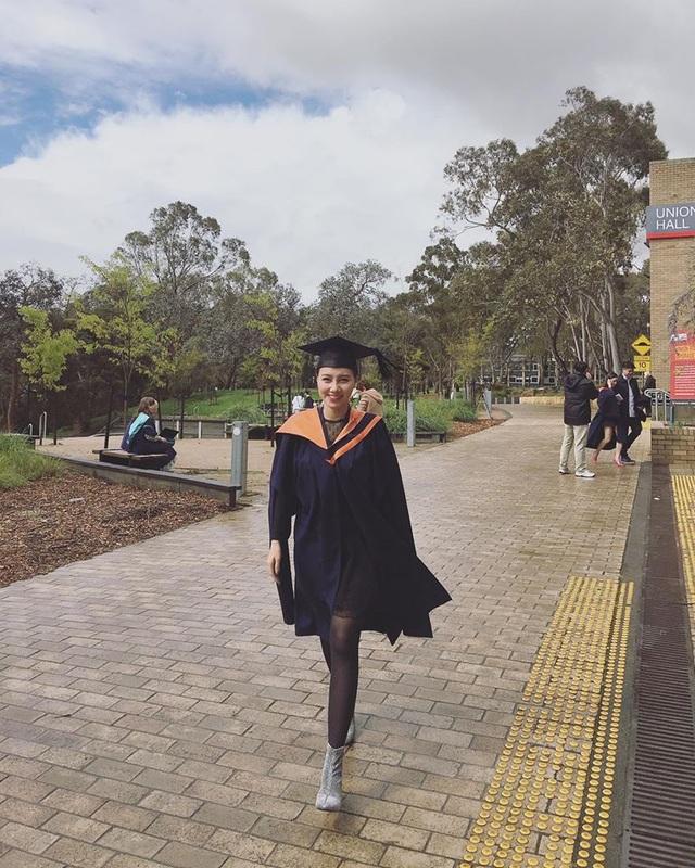MC Minh Hà tốt nghiệp thạc sĩ Quản trị kinh doanh tại Úc