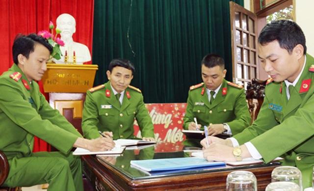 Mỗi lần cứu người là một lần cuốn nhật ký của những chiến sĩ Trạm công an Gia Lách lại ghi thêm chiến công thầm lặng.