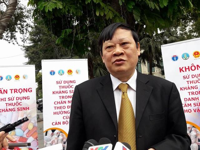 GS.TS Nguyễn Viết Tiến, Thứ trưởng Bộ Y tế khẳng định, phương pháp học kích não là hoang tưởng, lừa lọc. Ảnh: H.Hải