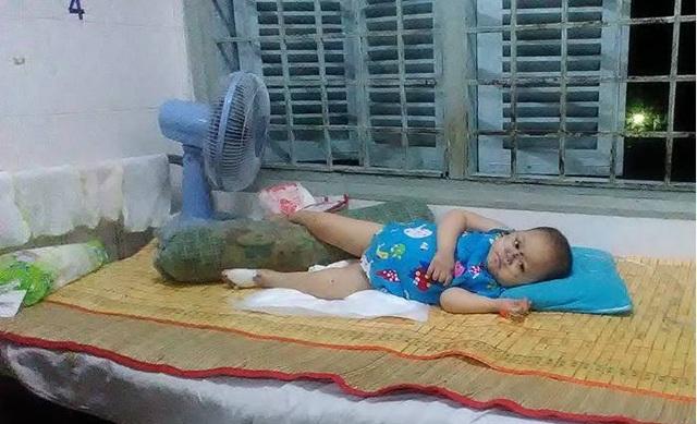 Sức khỏe của bé Thiên Kiều đang có biểu hiện kém vì không đáp ứng thuốc