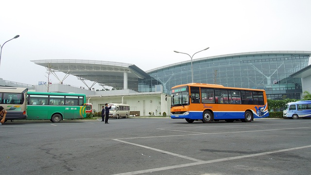 Thời gian đóng bến tại sân bay Nội Bài muộn hơn ở đầu bến xe Kim Mã, chuyến cuối cùng chạy lúc 22h30.