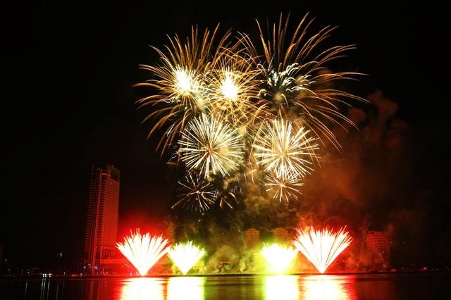 Pháo hoa Đà Nẵng đã trở thành sự kiện văn hóa có thương hiệu hấp dẫn du khách đến với thành phố bên dòng sông Hàn