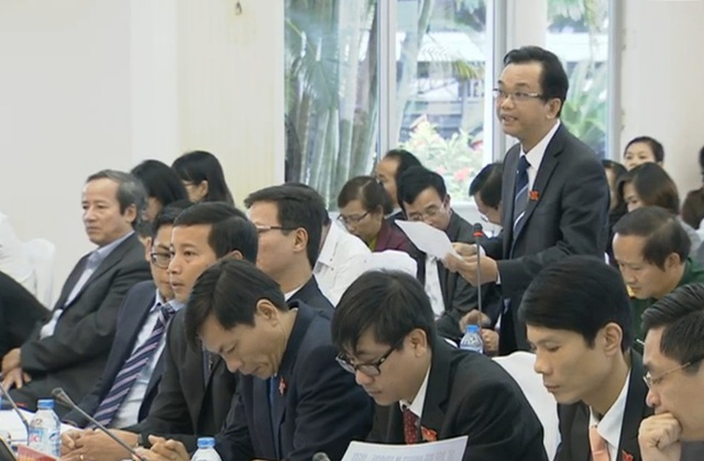Nhiều vấn đề về giáo dục người dân quan tâm được đưa ra tại phiên chất vấn sáng 8/12 tại kỳ họp cuối năm của HĐND TP Đà Nẵng