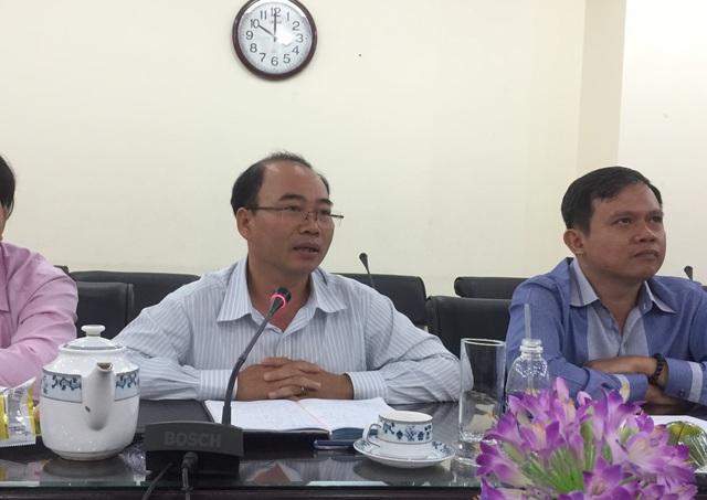 TS Ngô Hồng Điệp - Phó hiệu trưởng trường ĐH Thủ Dầu Một (Bình Dương) chia sẻ tại buổi mạn đàm về thi THPT 2017.