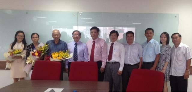 Buổi chuyển giao giữa HĐQT cũ và HĐQT mới của trường ĐH Hoa Sen