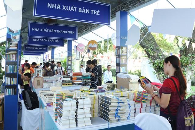 Ngày hội mừng sinh nhật một tuổi của Không Gian Chia Sẻ S.hub là nơi tụ hội các bạn trẻ mê sách và yêu thích các hoạt động truyền cảm hứng