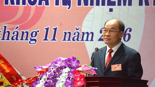 Ông Trần Xuân Bí - Chủ tịch Hội Khuyến học tỉnh báo cáo hoạt động của Hội nhiệm kỳ 2011-2016. Ông Trần Xuân Bí tái đắc cử Chủ tịch Hội Khuyến học tỉnh Nghệ An.
