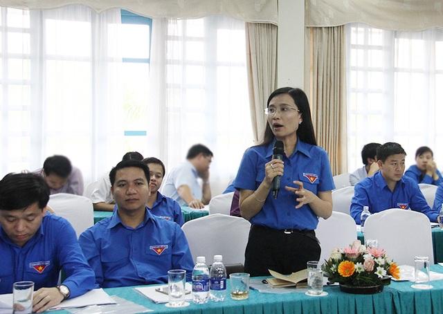 Đại biểu các Tỉnh đoàn, Đoàn trực thuộc nêu ý kiến đóng góp về tình hình hoạt động TNTN mùa hè năm nay.