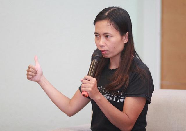 Nhà văn - diễn giả Trang Hạ trò chuyện cùng sinh viên