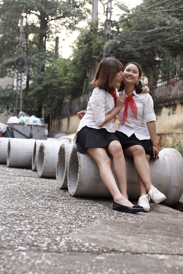 Tình bạn là điều không thiếu ở lớp chúng em