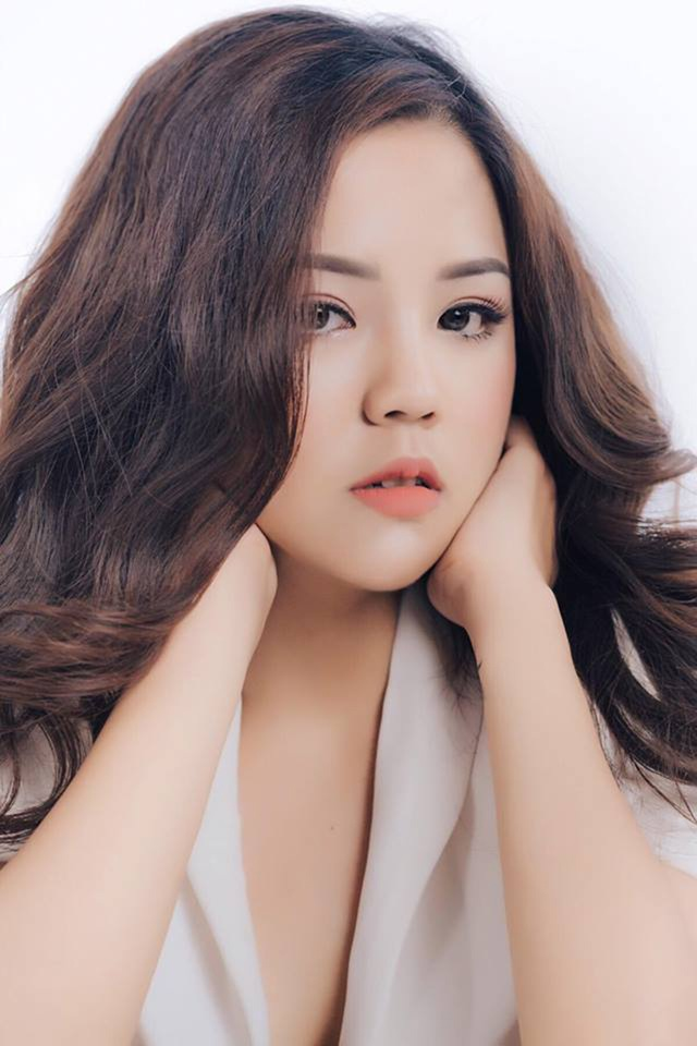 Hiện tại, Minh Châu không chỉ có vóc dáng cân đối mà còn là một cô gái đẹp cuốn hút. Châu biết cách chăm sóc bản thân khiến cho ngoại hình ngày càng nổi bật. Và hơn thế nữa, cô gái này đang dùng chính kinh nghiệm giảm cân của mình để kinh doanh khá thành công.