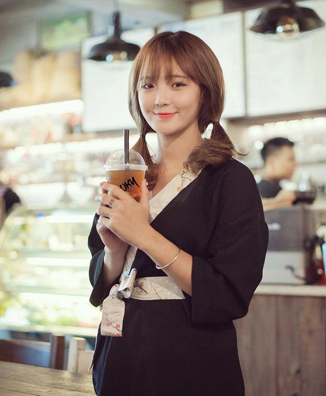 Trở thành người mẫu ảnh, được nhiều người biết tới, Thu Hương có thêm nhiều cơ hội kết bạn và cả cơ hội kinh doanh.