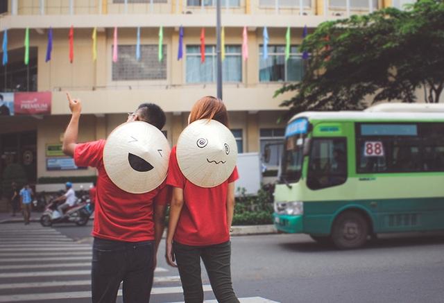 Nón Lá trên phố Sài Gòn