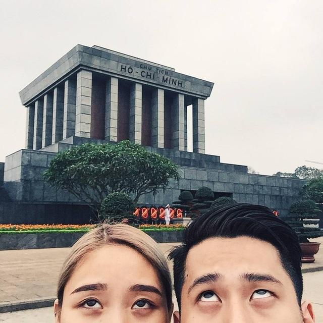 Cặp đôi Trang Thiên – Dcrown cũng công khai chuyện tình của họ trên mạng xã hội và ngay lập tức nhận được vô vàn lời chúc phúc, tán dương từ bạn bè, fan hâm mộ.