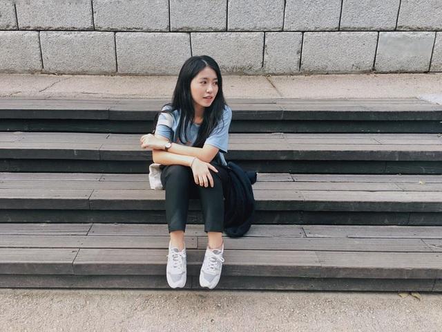 Quang cảnh cực lãng mạn tại xứ sở hoa anh đào khiến các bức hình mà Mẫn Tiên chia sẻ trên trang cá nhân trở nên long lanh hơn bao giờ hết. Hè vừa rồi, cô nàng còn có chuyến du lịch Hàn Quốc cực kỳ thú vị.