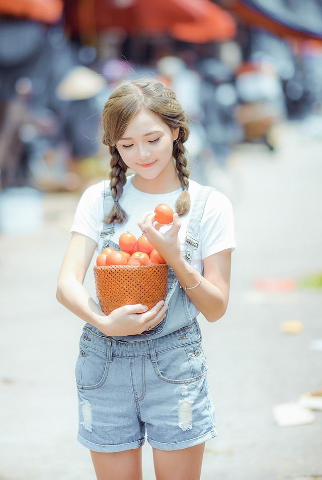 """Ngắm nụ cười trong vắt của """"hot girl dân tộc"""" Thu Hương - 13"""