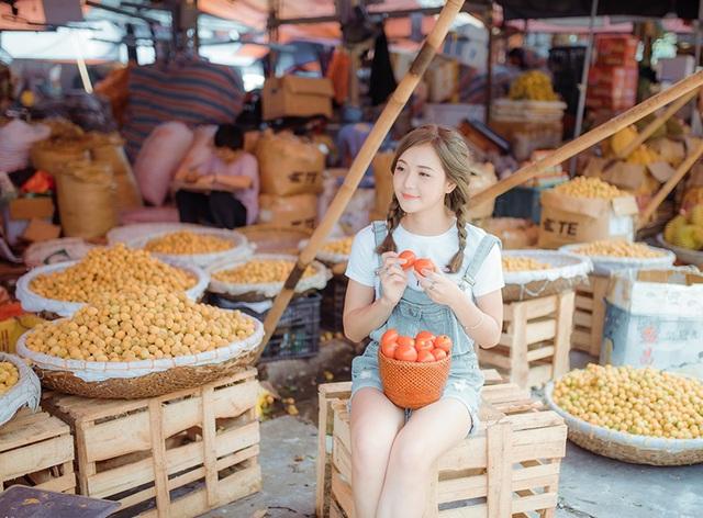 Thu Hương chia sẻ, sở thích của cô nàng là chụp ảnh, đi du lịch, tham gia các hoạt động truyền thông sự kiện và kinh doanh, Thu Hương ước mơ sau này được trở thành doanh nhân thành đạt.