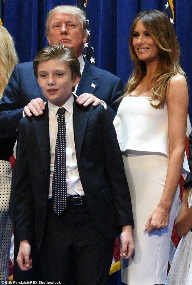 Barron Trum - con trai út nhà Trump