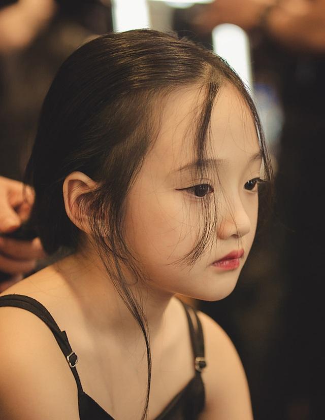Ngoài đam mê diễn thời trang và làm người mẫu ảnh, Bảo Anh đặc biệt yêu thích cây đàn violin. Gia đình cũng định hướng cho bé theo đuổi âm nhạc chuyên nghiệp.