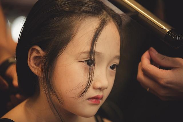 Bảo Anh tâm sự với mẹ rằng muốn trở thành một nghệ sĩ violin nổi tiếng như người thầy con vô cùng ngưỡng mộ là nghệ sĩ Violin Bùi Công Duy.