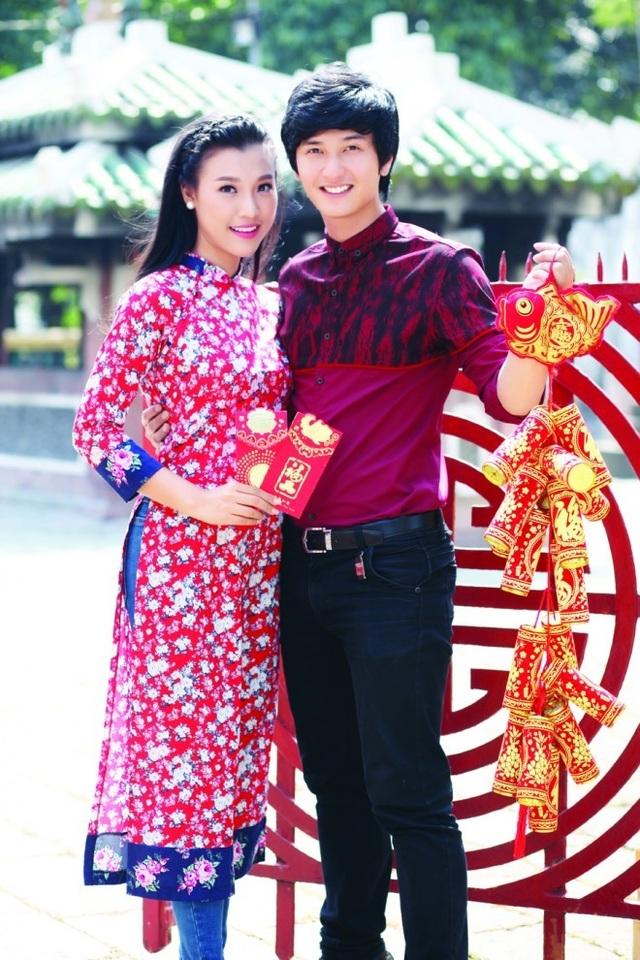 Hình ảnh hạnh phúc của cặp đôi Hoàng Oanh - Huỳnh Anh