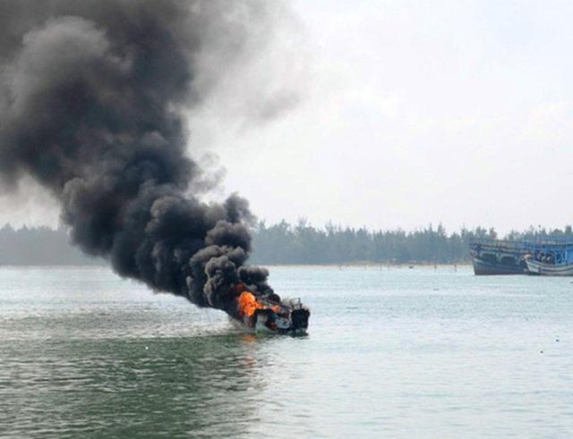Bình gas trên tàu nổ, 1 ngư dân mất tích (ảnh minh họa)