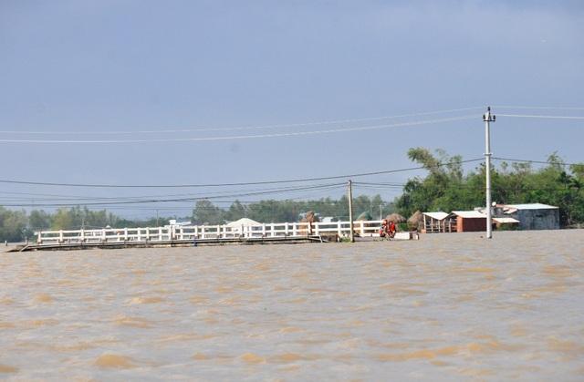 Lũ chồng lũ, nhiều nơi trên địa bàn tỉnh Bình Định lại ngập nặng