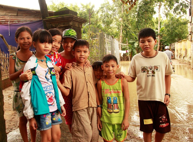 Các em học sinh Trường Tiểu học Phước Lộc 2 (huyện Tuy Phước) khao khát sớm trở lại trường