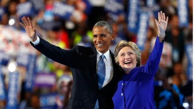 Tổng thống Barack Obama và bà Hillary Clinton tại đại hội toàn quốc đảng Dân chủ hồi tháng 7 ở Philadelphia, Pennsylvania (Ảnh: Getty)