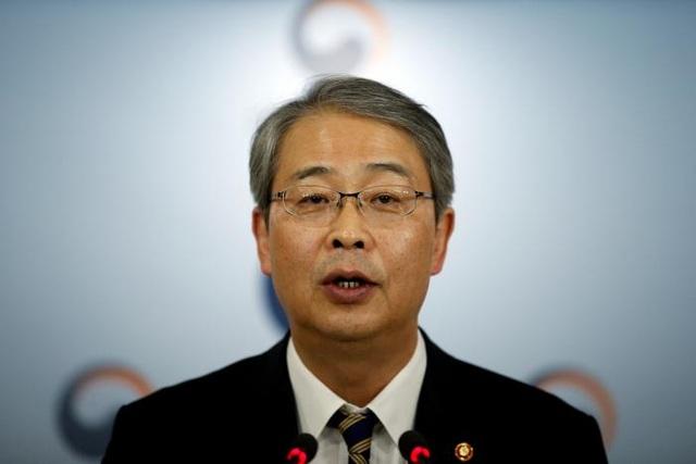 Tân Bộ trưởng Tài chính Hàn Quốc Yim Jong-yong (Ảnh: Reuters)