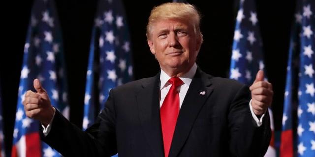 Ngày 8/11, ông Donald Trump đã vượt qua bà Hillary Clinton trong cuộc tổng tuyển cử cuối cùng và trở thành tổng thống thứ 45 của nước Mỹ. (Ảnh: Getty)