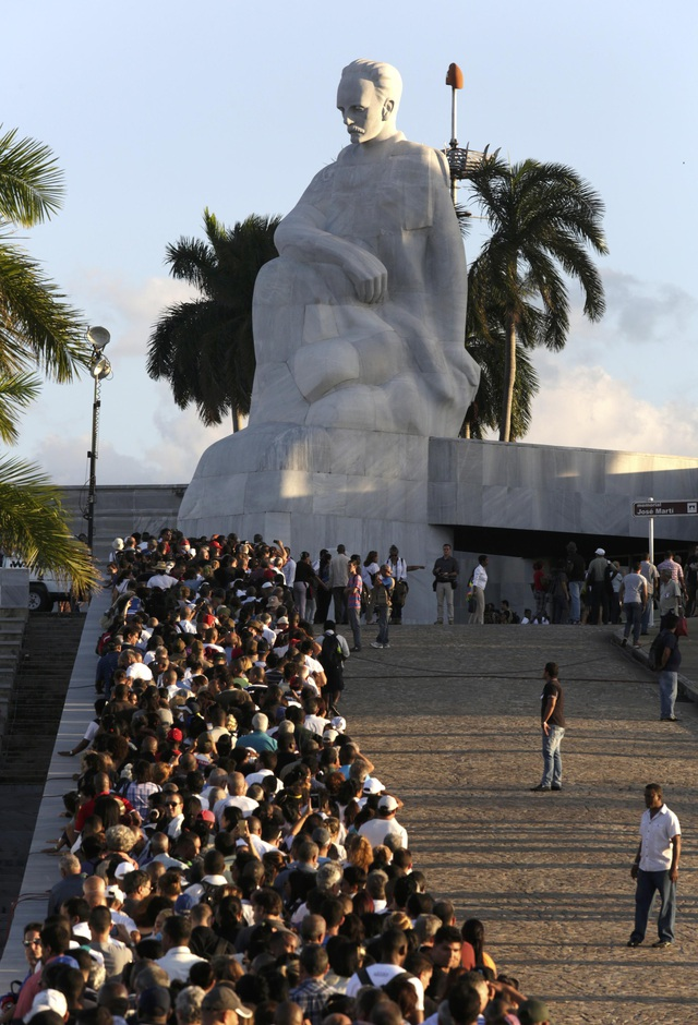 Đài tưởng niệm Jose Marti là nơi từng chứng kiến nhiều cuộc biểu tình lớn ủng hộ cách mạng Cuba và lãnh tụ Fidel Castro cũng từng có nhiều bài phát biểu dài hàng giờ đồng hồ tại đây.
