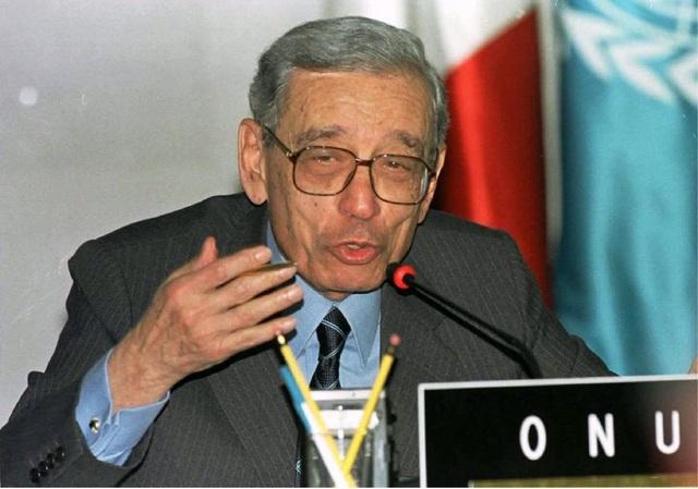 Cựu Tổng thư ký Liên Hợp Quốc Boutros Boutros-Ghali mãi mãi ra đi ở tuổi 93.