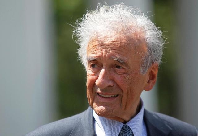 Nhà văn, nhà triết học từng được trao giải Nobel Hòa bình Elie Wiesel ra đi ở tuổi 87.