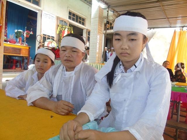 Nỗi đau vô bờ bến của 3 mẹ con chị Dương khi chỉ trong vòng 12 ngày đã mất đi hai người thân trong gia đình