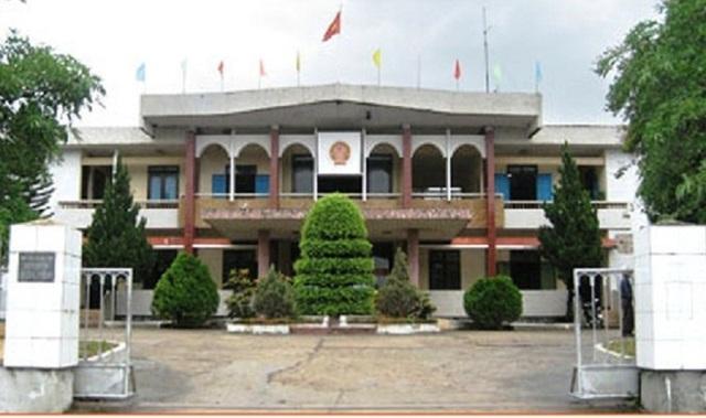 UBND huyện Quảng Ninh, tỉnh Quảng Bình đã quyết định đình chỉ công tác bà Lê Thị Xinh để làm rõ phản ánh có phát ngôn xúc phạm người dân. (Ảnh H.P)