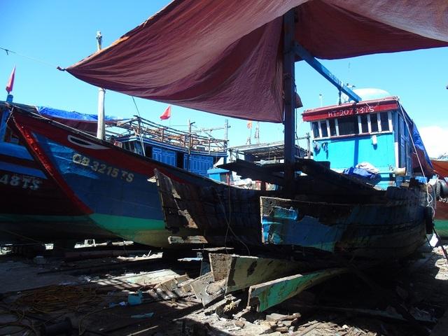 Nâng cấp công suất tàu để đẩy biển xa là lựa chọn của nhiều ngư dân