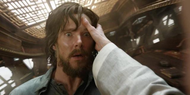 """Mùa thu này, nam diễn viên Benedict Cumberbatch sẽ xuất hiện trong """"Doctor Strange"""" (Bác sĩ Strange). Bác sĩ Strange là một dạng khác biệt của loạt nhân vật siêu anh hùng Marvel, mang nhiều màu sắc thần bí với những phép thuật kỳ ảo, làm nhiệm vụ bảo vệ Trái Đất khỏi những mối đe dọa đến từ thế giới siêu linh, thần bí."""